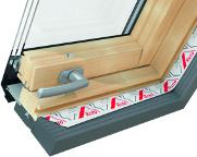 Zasklení - střešní okno ROTO R66e - trojsklo