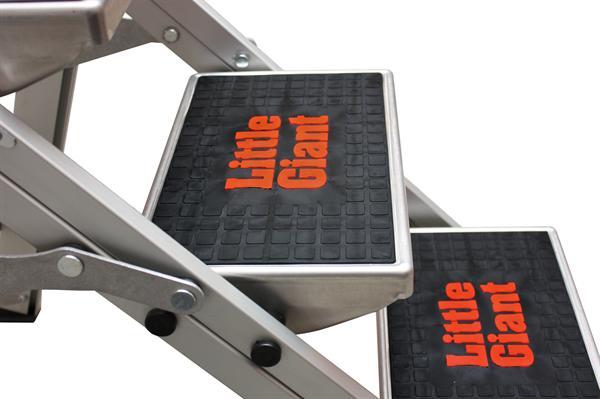 Hliníkové sklápěcí schůdky JUMBO Giant