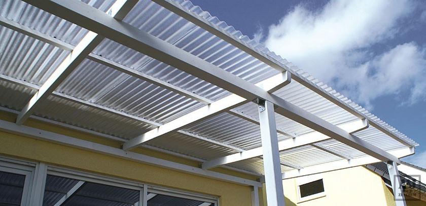 Sklolaminátové role pro střechy